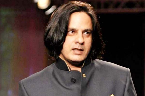 Bigg Boss Season 1 Winner Rahul Roy Image