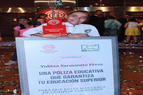 Junior MasterChef Colombia Season 1 Winner Yulitza Sarmiento 2015